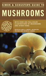 Simon & Schuster's Guide to Mushrooms