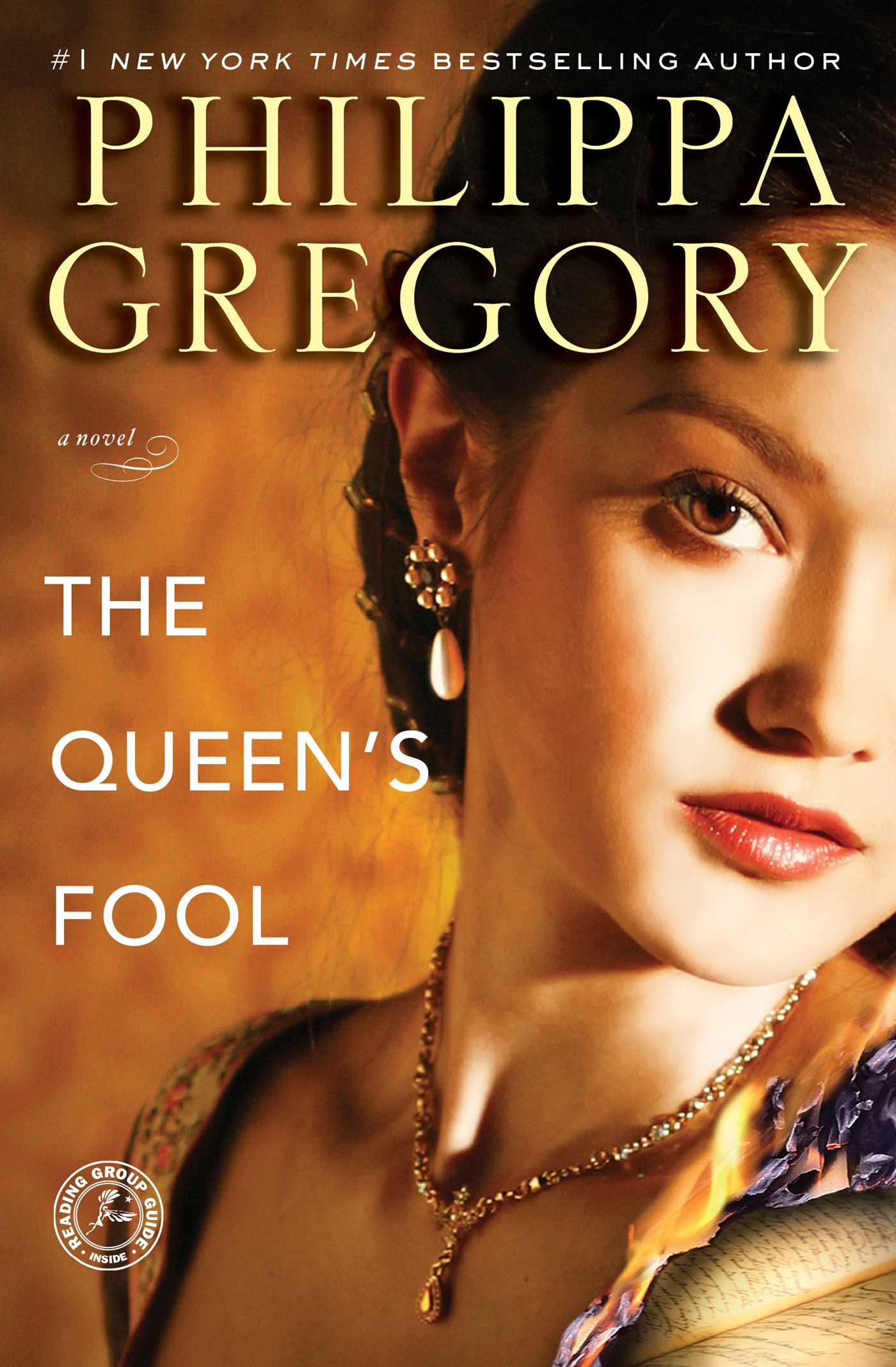 Queens-fool-9781416593973_hr