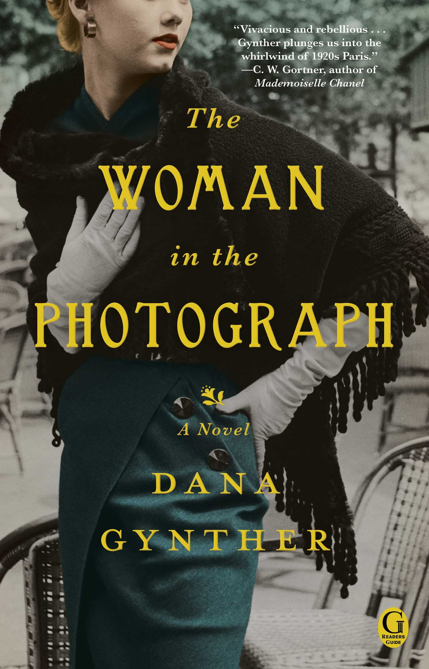 The woman in the photograph 9781476731957 hr
