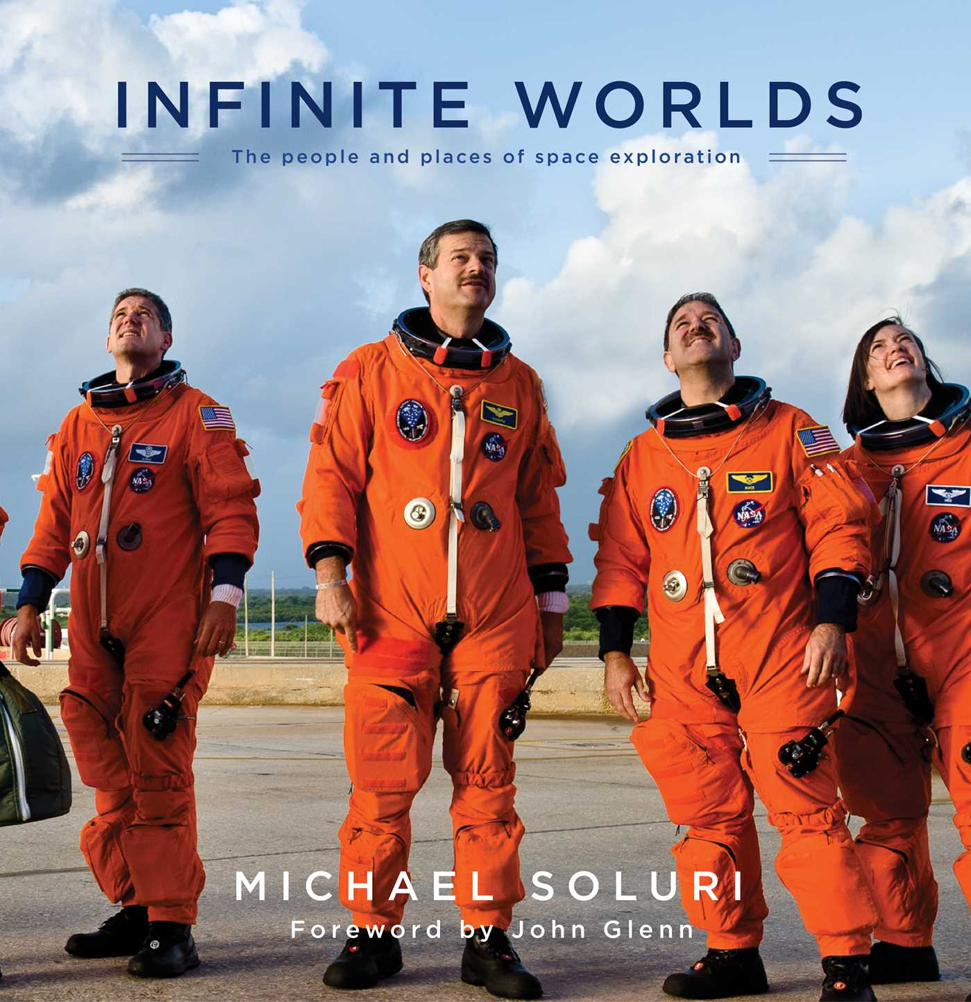 Infinite-worlds-9781476738321_hr
