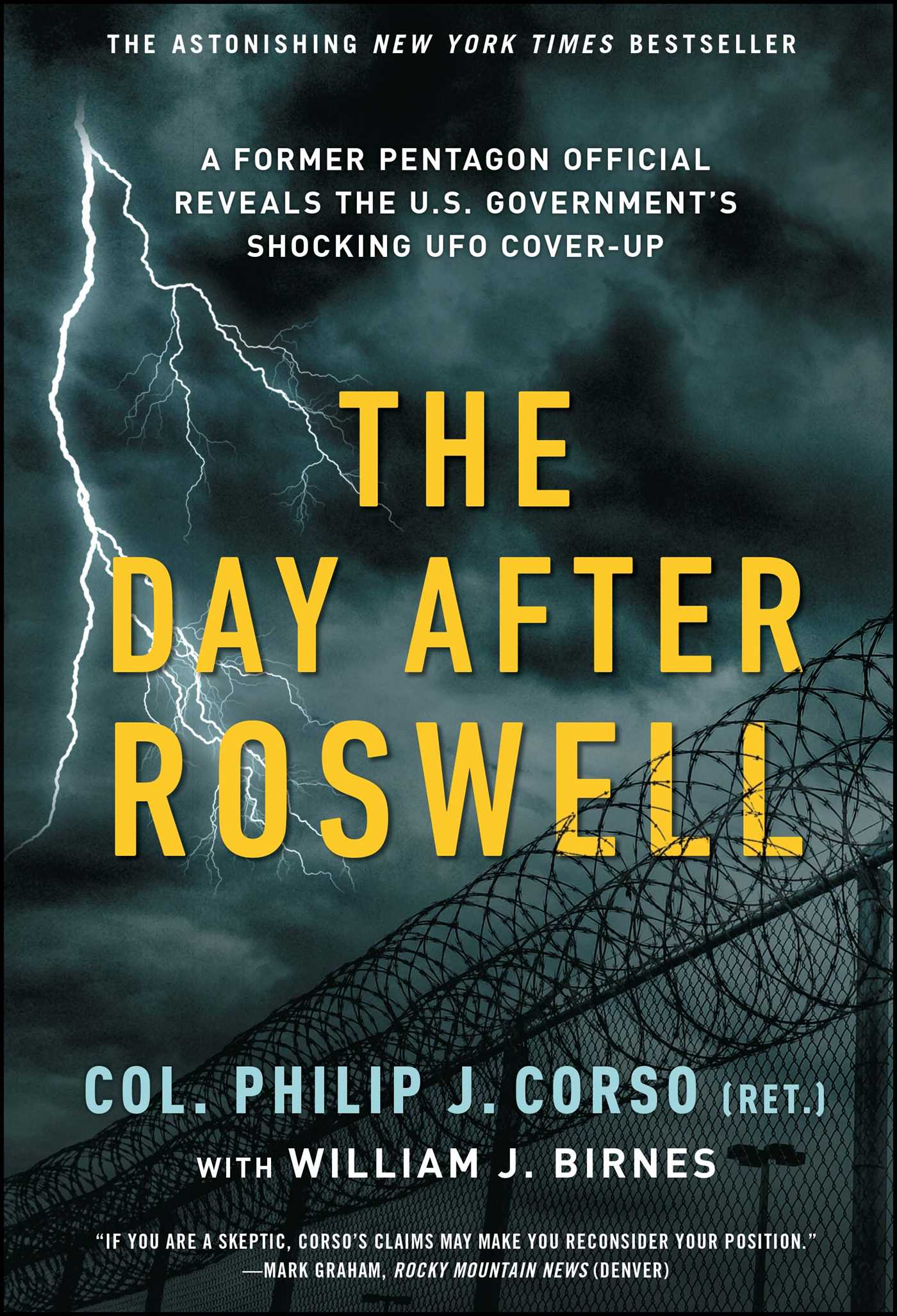The day after roswell 9781501172007 hr
