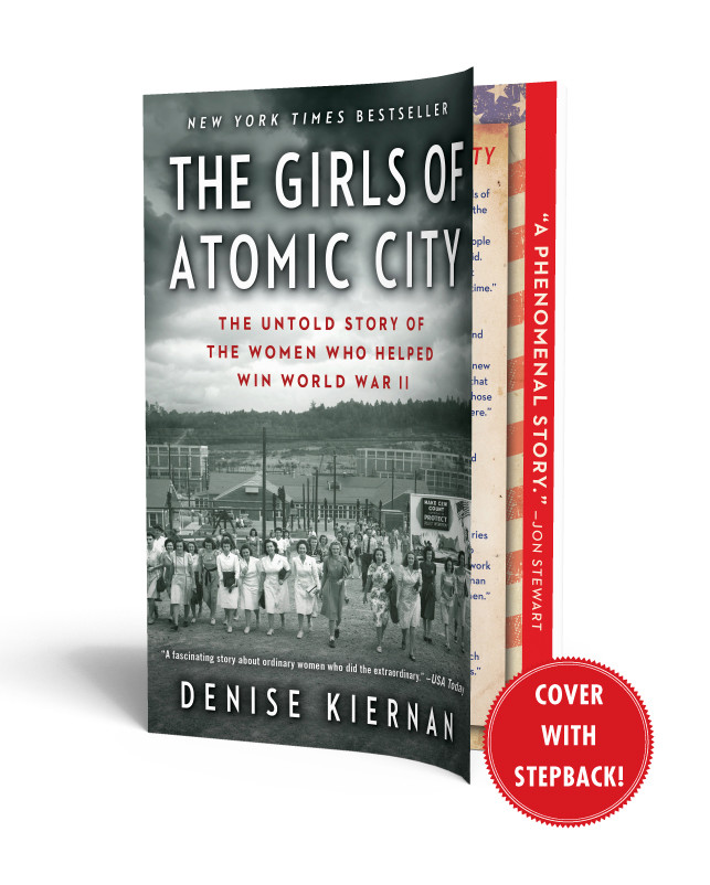 The-girls-of-atomic-city-9781451617535.in01