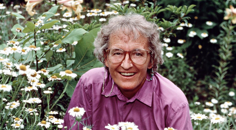 BàElisabeth Kübler-Ross,chuyên gia nổi tiếng trong lĩnh vực nghiên cứu trải nghiệm cận tử. (Ảnh quaSimon & Schuster UK)