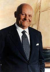 Alan C. (Ace) Greenberg | Offi...