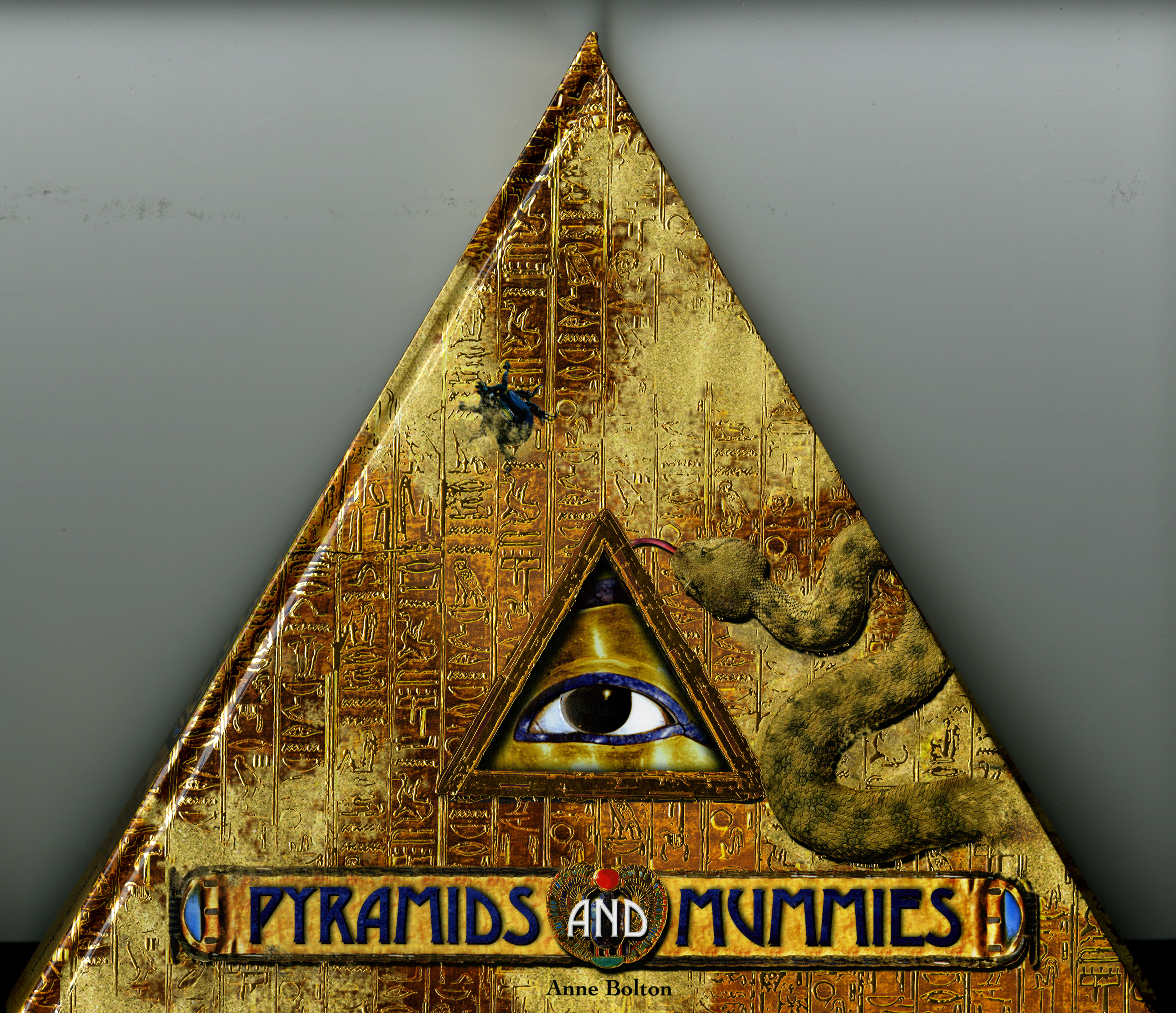 Pyramids and mummies book by anne bolton official publisher page cvr9781416958734 9781416958734 hr pyramids gumiabroncs Images