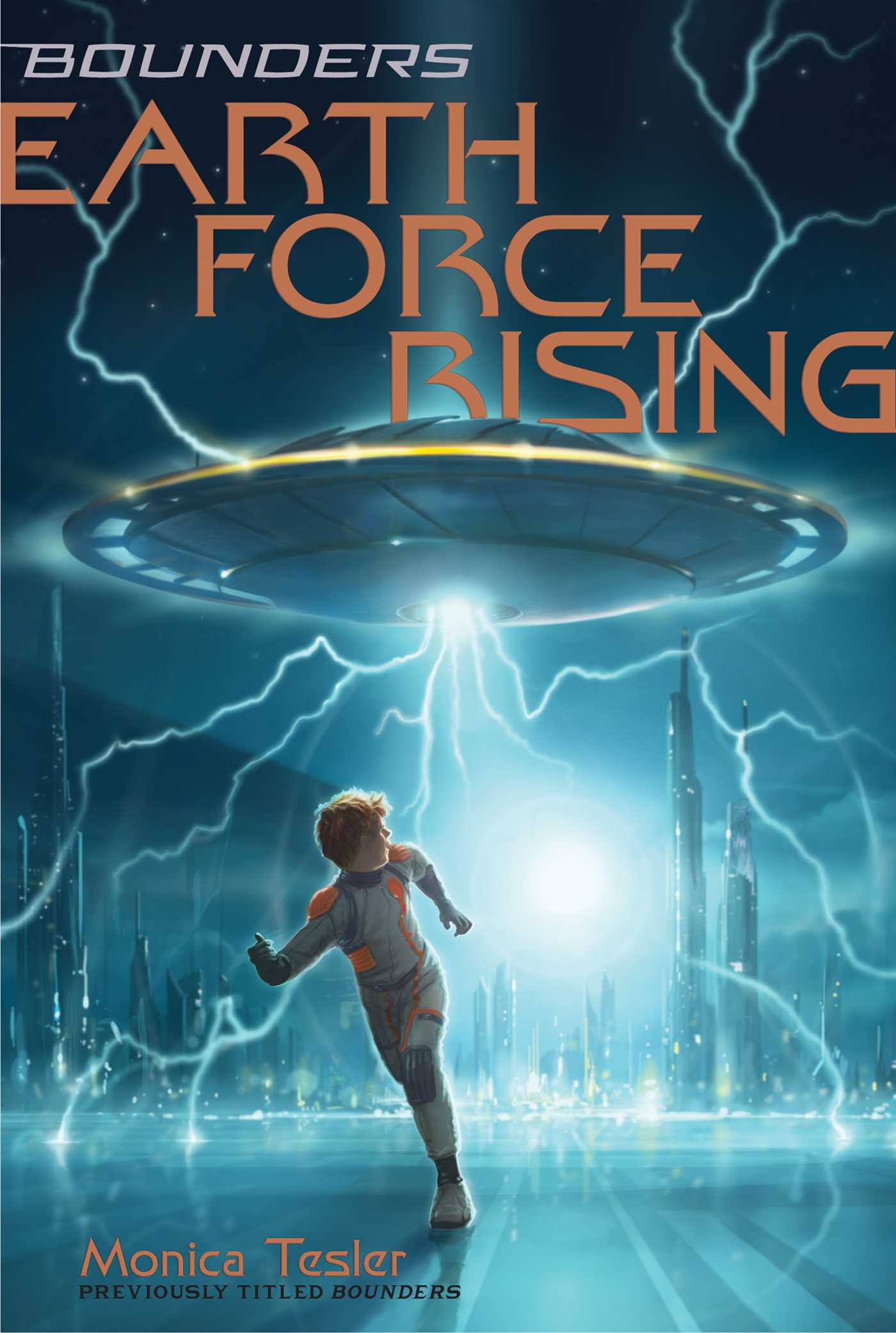 Earth force rising 9781534400924 hr