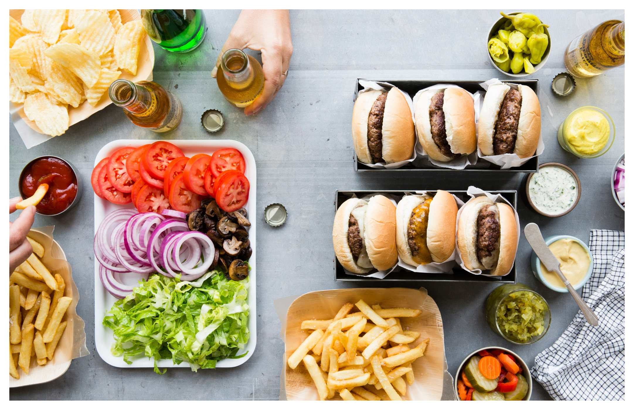 Burger night (williams sonoma) 9781616287344.in04