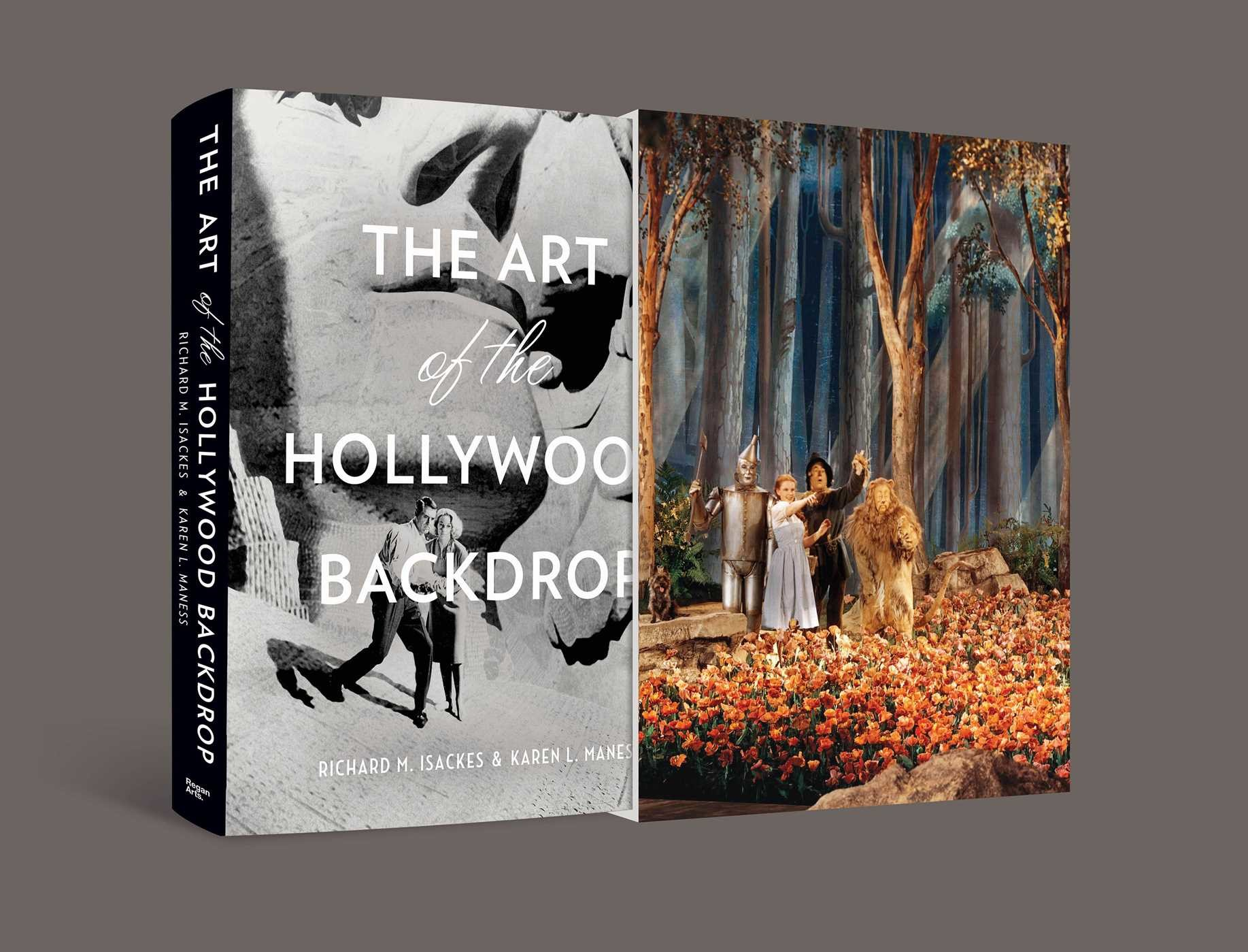 The art of the hollywood backdrop 9781941393086.in01