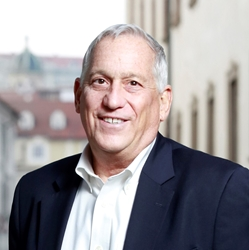 Author photo Walter Isaacson